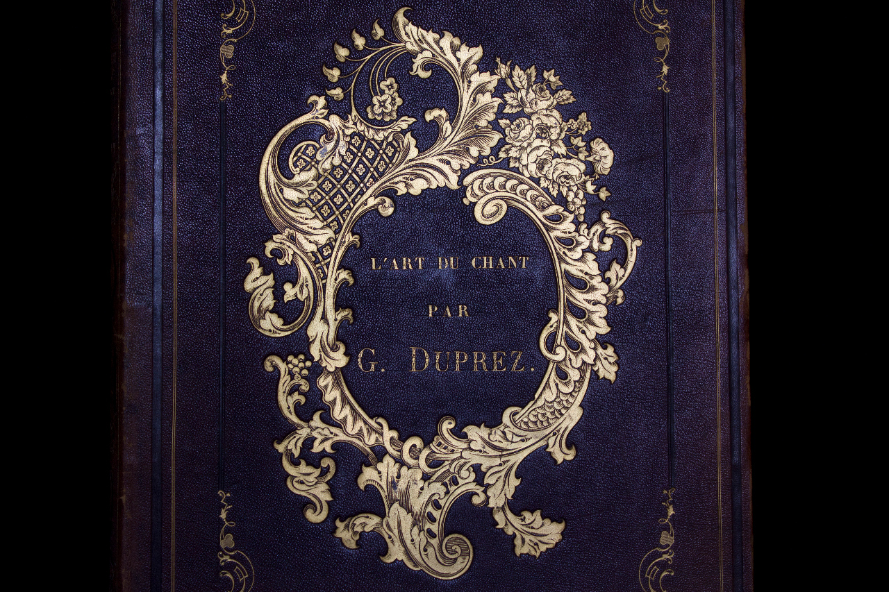'L'Art du chant' by Duprez, Paris 1846, with an autograph dedication by the author to Rossini. B-Bc P-1-16.